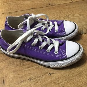 Purple converse youth size 1